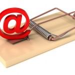 E-mail Symbol in Mousetrap © DeepReal #26859399 -/ fotolia.com